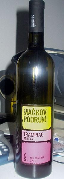 Traminac Macakov podrum winery